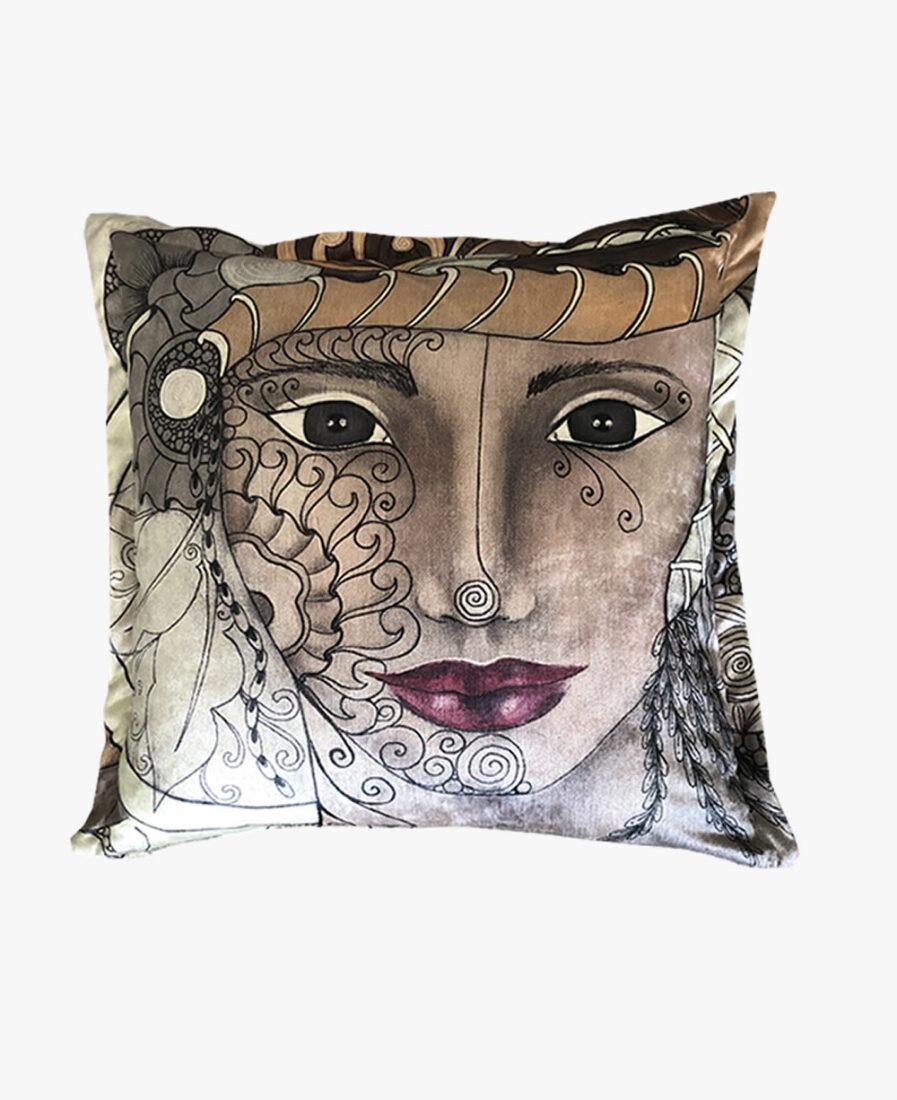 SCF012 - Tribal Queen scatter cushion