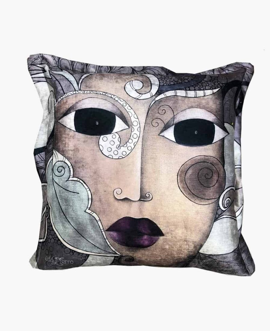 middle sister scatter cushion