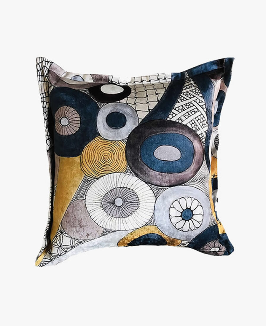 SCT001 - Circles and twirls scatter cushion