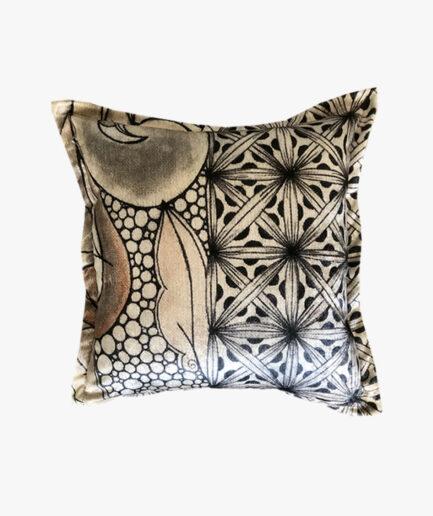 SCT012 - the genie flower scatter cushion