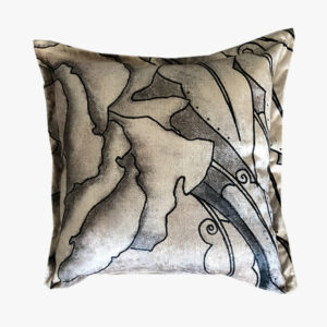 SCT017-the jagged petal scatter cushion